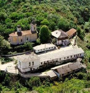 REzervatia si Mănăstirea Saharna