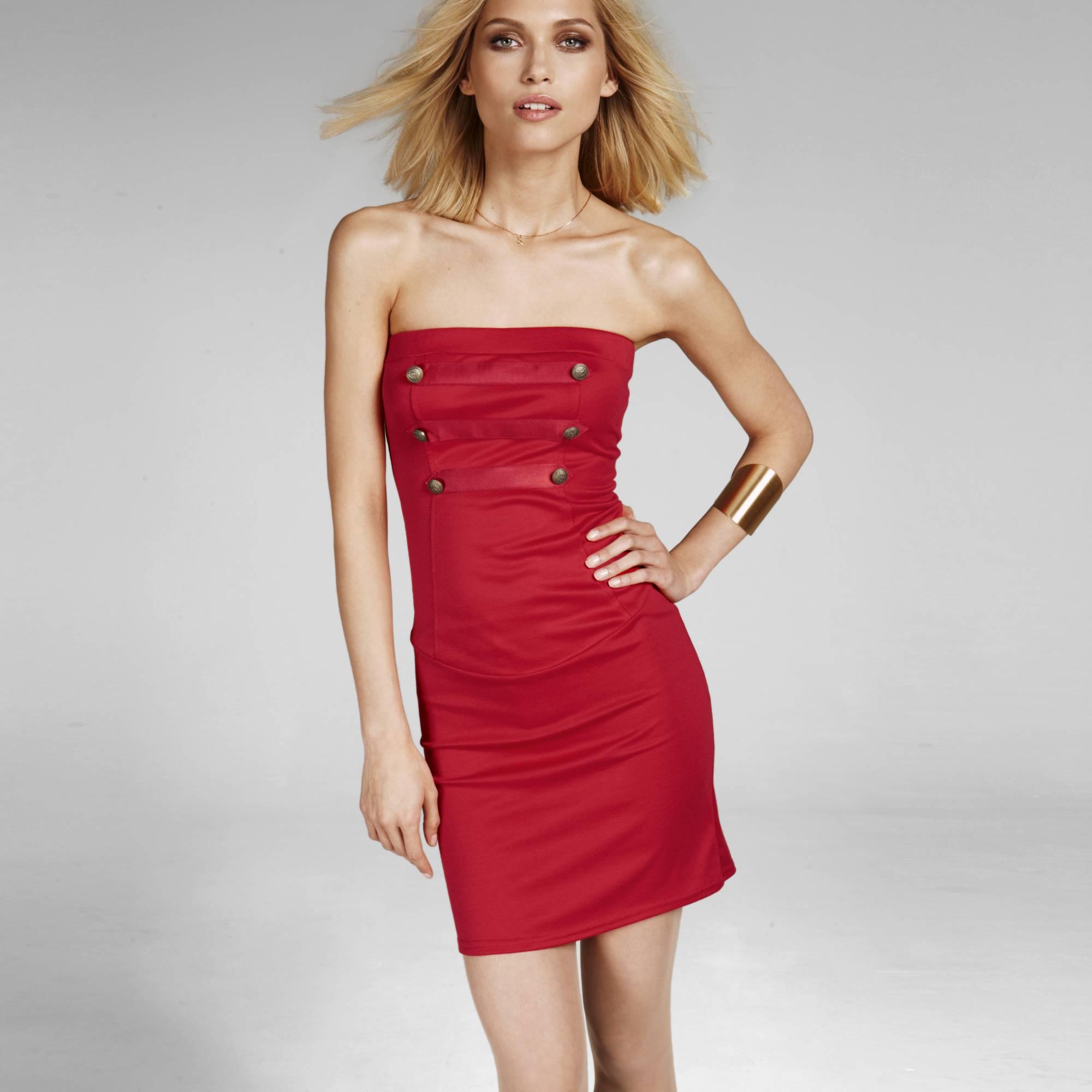 rochie rosie tip bustiera