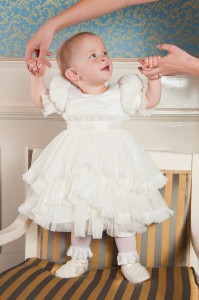 rochita fetita alba cu dantela