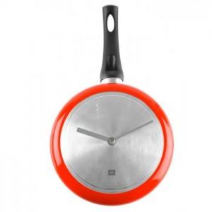 ceas de perete in forma de tigaie