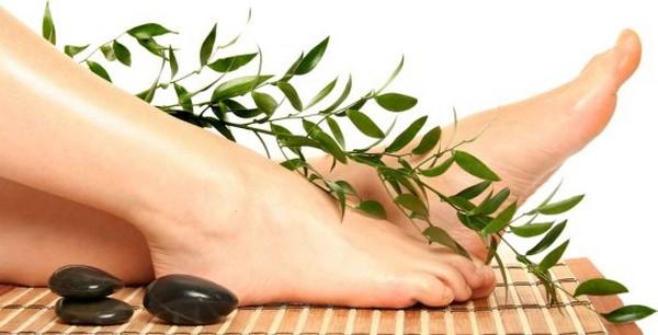 Tratament naturist pentru picioare grele cu Vein Care