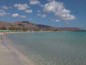 Plaja Elafonisi din Grecia