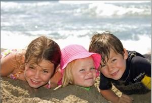 Copii la plaja in Insula Kos