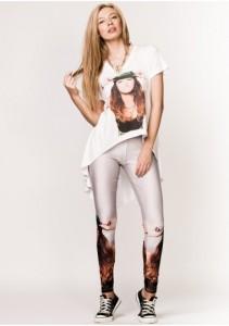 colanti albi si tricou din Colectia de haine Antonia
