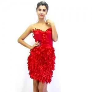 Rochie din tul rosu cu aplicatii 3D